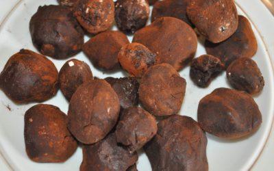 Les truffes au chocolat …. si on ne craint pas de se salir les doigts !